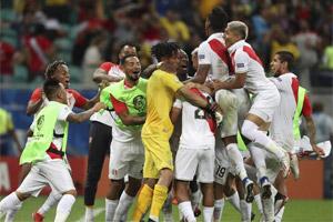 Cuando y a qué hora juega Perú